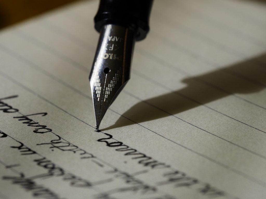 MOSを資格欄に記載する場合は?履歴書への書き方の例を紹介